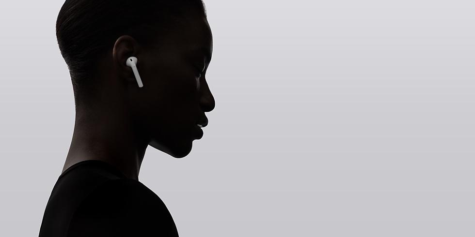 Việc loại bỏ giắc cắm tai nghe của Apple được coi là một trong những thử thách lòng trung thành lớn nhất từ trước tới nay với Apple fan.