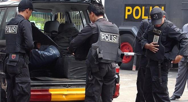 indonesia dau sung xay ra sau vu no o toa nha chinh phu