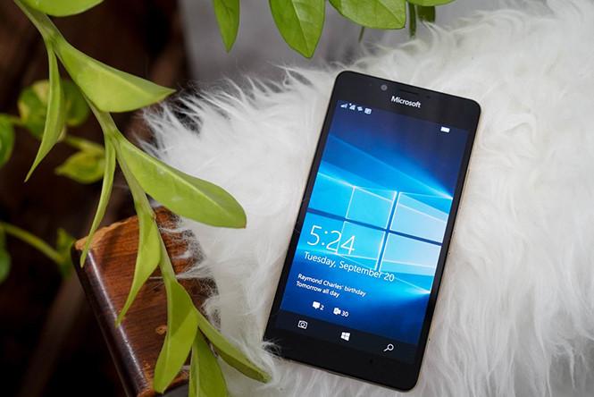 Lumia 950 vẫn nằm trong danh sách được hỗ trợ cập nhật của Microsoft