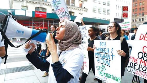 Người dân phản đối việc ngừng chương trình DACA tại thành phố New York