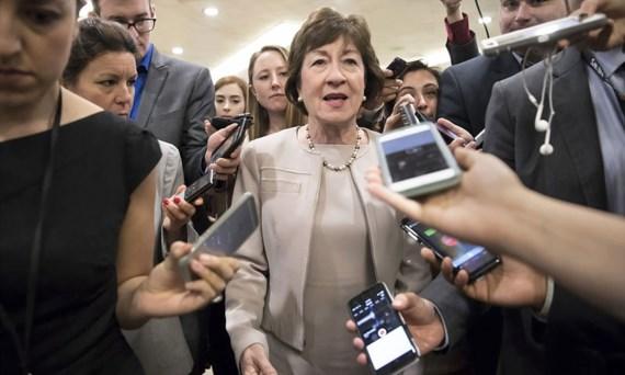Thượng nghị sĩ Susan Collins trả lời báo chí