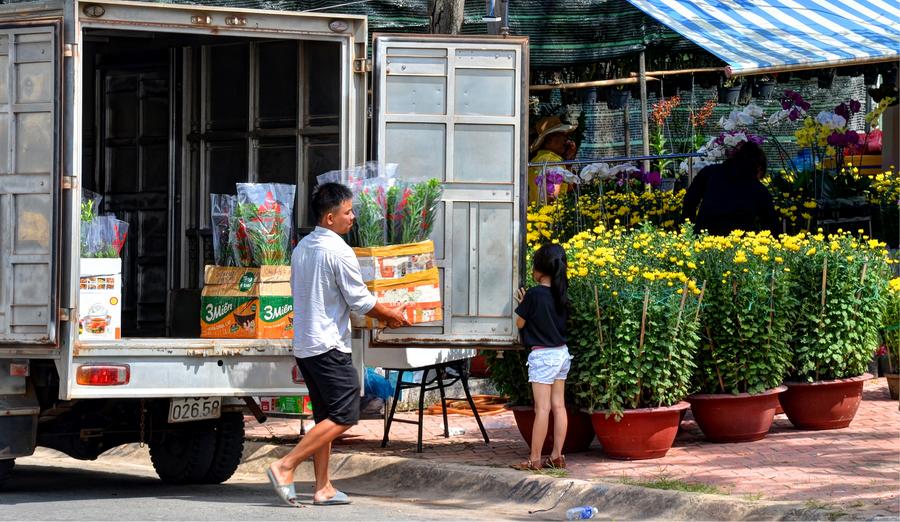 Chợ Hoa đã nhóm