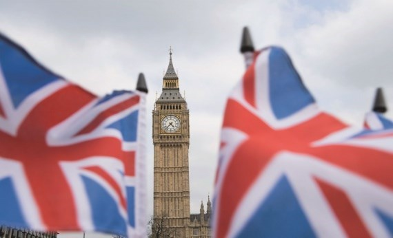 http://image.baoangiang.com.vn/fckeditor/upload/2019/20190215/images/3409_big_ben_flags_london_june_11_iv.jpg