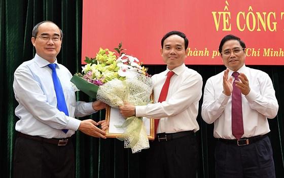 Description: Bí thư Tỉnh ủy Tây Ninh Trần Lưu Quang làm Phó Bí thư Thường trực Thành ủy TPHCM ảnh 2
