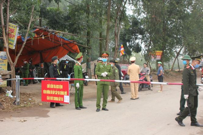 Description: Thủ tướng gửi thư khen ngợi lực lượng Quân đội, Công an trong phòng chống dịch COVID-19 - ảnh 1