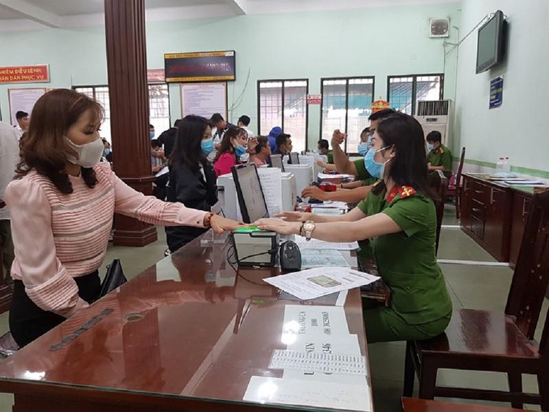 Quy trình cấp thẻ căn cước công dân theo mẫu mới - ảnh 1
