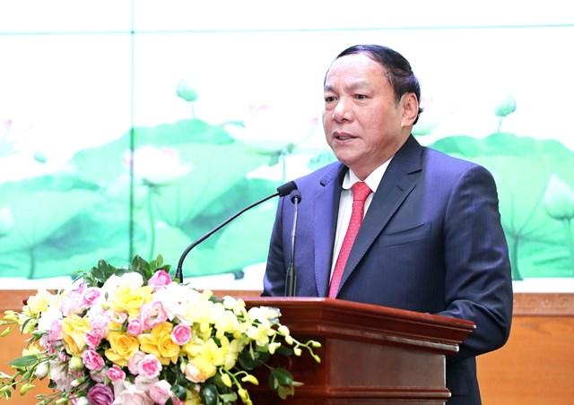 Bộ trưởng Bộ VHTTDL Nguyễn Văn Hùng phát biểu. Ảnh Trần Huấn.