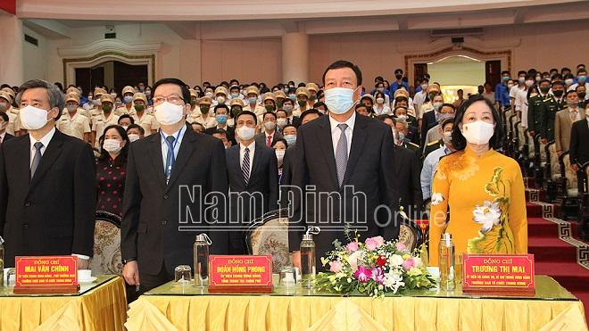 http://admin.xaydungdang.org.vn/Uploads/ngocanh/1.images1335943_1.jpg