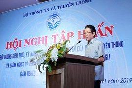 Tập huấn kỹ năng thông tin, tuyên truyền về giảm nghèo bền vững