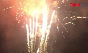Clip bắn pháo hoa nghệ thuật-Khai mạc Hội xuân núi Bà Đen năm Canh Tý 2020