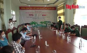 BĐBP tỉnh Tây Ninh tiếp nhận 5.000 chai gel rửa tay khô