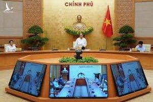 TRỰC TIẾP: Thủ tướng chủ trì Hội nghị với doanh nghiệp về phục hồi nền kinh tế