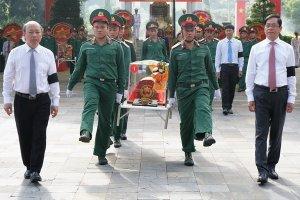 Tây Ninh truy điệu, an táng  149 hài cốt liệt sĩ quân tình nguyện Việt Nam