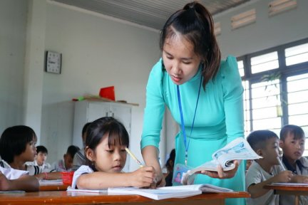Chuyện dạy và học ở Khu dân cư biên giới Chàng Riệc