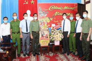 Lãnh đạo tỉnh thăm các đơn vị lực lượng vũ trang