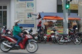 Tp.Tây Ninh, Hòa Thành: Vỉa hè, lề đường vẫn bị lấn chiếm tràn lan