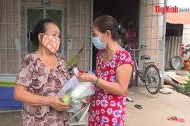 Phường Ninh Sơn tổ chức nhiều nhiều hoạt động chăm lo người nghèo
