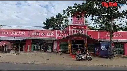 Cửa hàng Bách Hoá Đỏ và cách bán hàng giãn cách