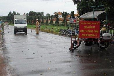 Thị xã Hoà Thành tăng cường phòng, chống dịch Covid-19 tại các cở ngõ ra vào thị xã