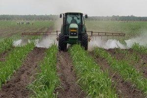 Phát triển công nghiệp chế biến nông lâm thủy sản và cơ giới hóa sản xuất nông nghiệp