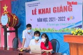 Năm học mới 2021-2022: Các trường sẵn sàng cho việc dạy học trực tuyến