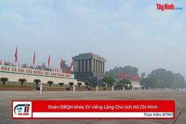 Đoàn ĐBQH khóa XV viếng Lăng Chủ tịch Hồ Chí Minh