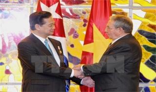 Lãnh đạo Việt Nam điện mừng kỷ niệm ngày khởi nghĩa của Cuba