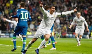 Real 3-0 Wolfsburg: Ronaldo che mờ tất cả