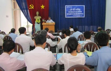 Tập huấn cho cán bộ Chương trình mục tiêu quốc gia xây dựng nông thôn mới