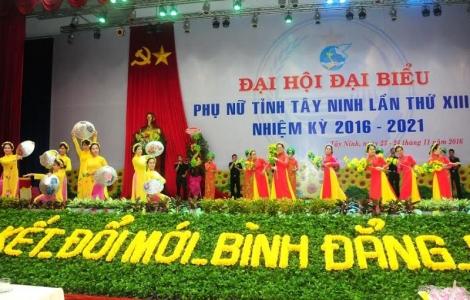 Văn nghệ chào mừng Đại hội Đại biểu Phụ nữ tỉnh Tây Ninh lần thứ XIII