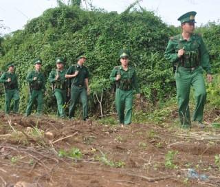 Nỗ lực xây dựng biên giới hoà bình, hữu nghị, hợp tác cùng phát triển