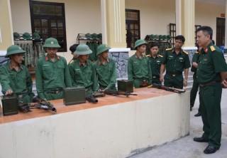 Tổng cục Kỹ thuật Bộ Quốc phòng kiểm tra công tác tại Sư đoàn 5