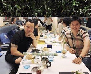 """Ngọc Trinh tậu SIM """"khủng"""" 098.999.9999 giá hàng chục tỷ đồng"""