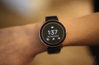 [CES 2017] Misfit giới thiệu smartwatch màn hình cảm ứng Vapor