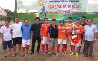 Tân Biên: Tổ chức giải bóng đá mừng Đảng, mừng xuân