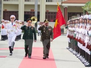 Đoàn Bộ trưởng Bộ Quốc phòng Vương quốc Campuchia thăm Việt Nam