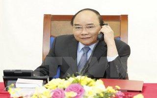 Thủ tướng Nguyễn Xuân Phúc điện đàm với Quyền Tổng thống Hàn Quốc