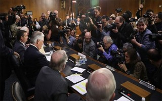 Chia rẽ xuất hiện giữa Trump và nội các mới