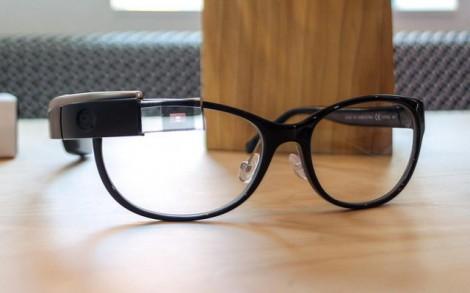 Apple sẽ sản xuất kính thông minh?