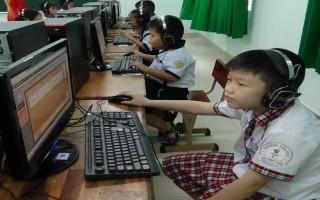 Thành phố Tây Ninh: Khai mạc kỳ thi Olympic tiếng Anh trên internet