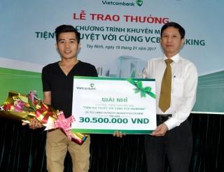 Vietcombank chi nhánh Tây Ninh trao thưởng chương trình khuyến mãi
