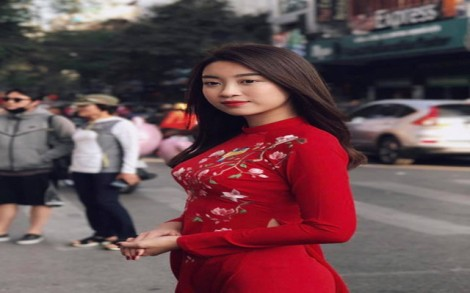 Mỹ nhân Việt đa sắc với thời trang du xuân