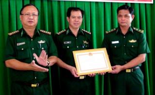 UBND tỉnh: Khen thưởng đột xuất cho tập thể và cá nhân cán bộ, chiến sĩ Đồn Mộc Bài