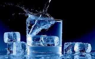 Giảm béo nhanh chóng chỉ bằng ly nước đá