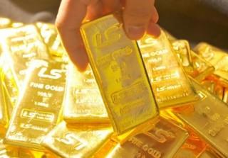 Giá vàng thế giới tăng mạnh, trong nước chỉ nhích nhẹ
