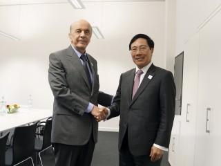 Phó Thủ tướng Phạm Bình Minh gặp Bộ trưởng Ngoại giao Brazil