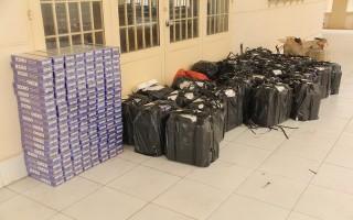 Công an Trảng Bàng: Bắt 2 đối tượng tàng trữ trên 9.000 gói thuốc lá ngoại