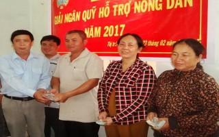 Gò Dầu: Giải ngân vốn cho hội viên nông dân nghèo