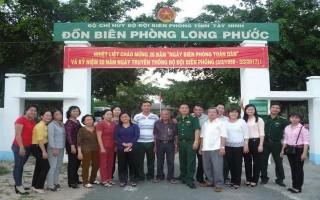 Hội LHPN huyện Gò Dầu: Thăm Đồn Biên phòng Long Phước