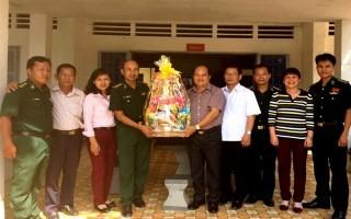 Huyện Dương Minh Châu: Thăm, tặng quà cho cán bộ, chiến sĩ Biên phòng